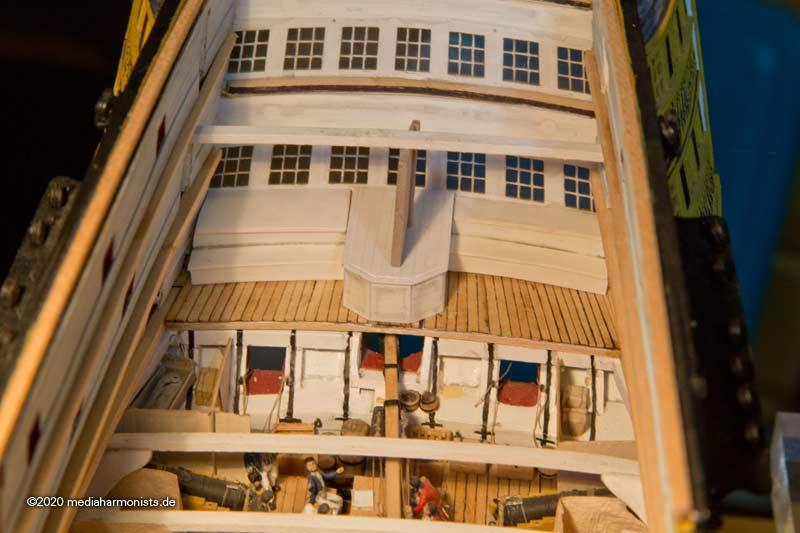 Le plastique c'est fantastique (HMS Victory) - Page 10 Victory-Rudderhead-210108_6145